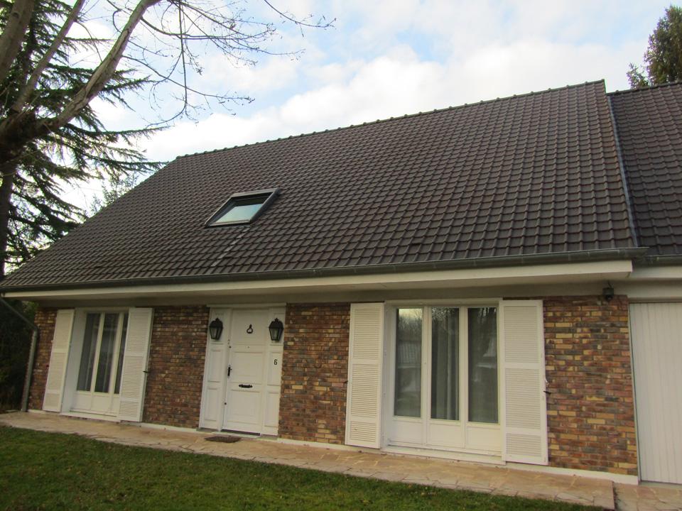 R fection toiture velux et isolation chevreuse dans les yvelines for Refection toiture