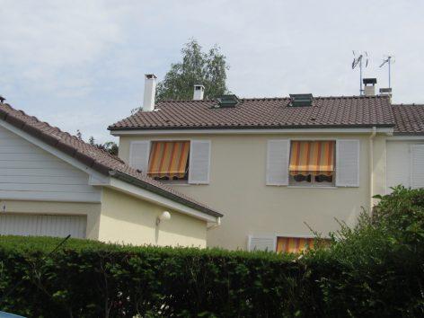 Isolation de toiture et peinture souche cheminée au Mesnil saint Denis