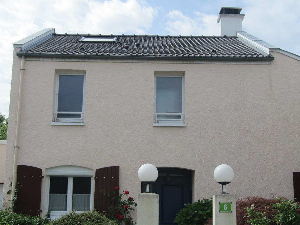 Isolation de toiture Villa à Voisins le Bretonneux