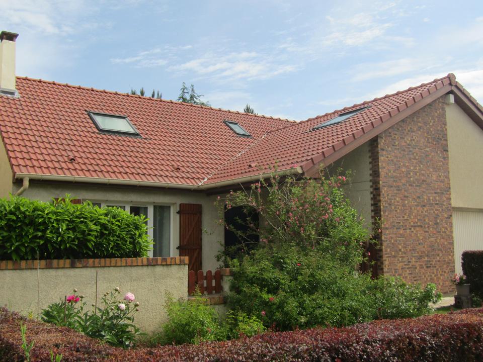 Isolation et réfection de toiture d'une maison à Voisins le Bretonneux